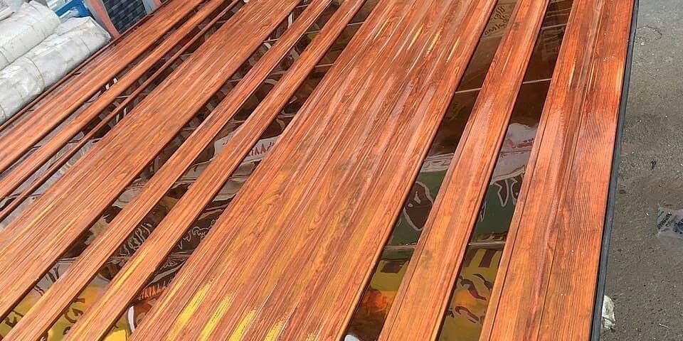 کرکره برقی طرح چوبی
